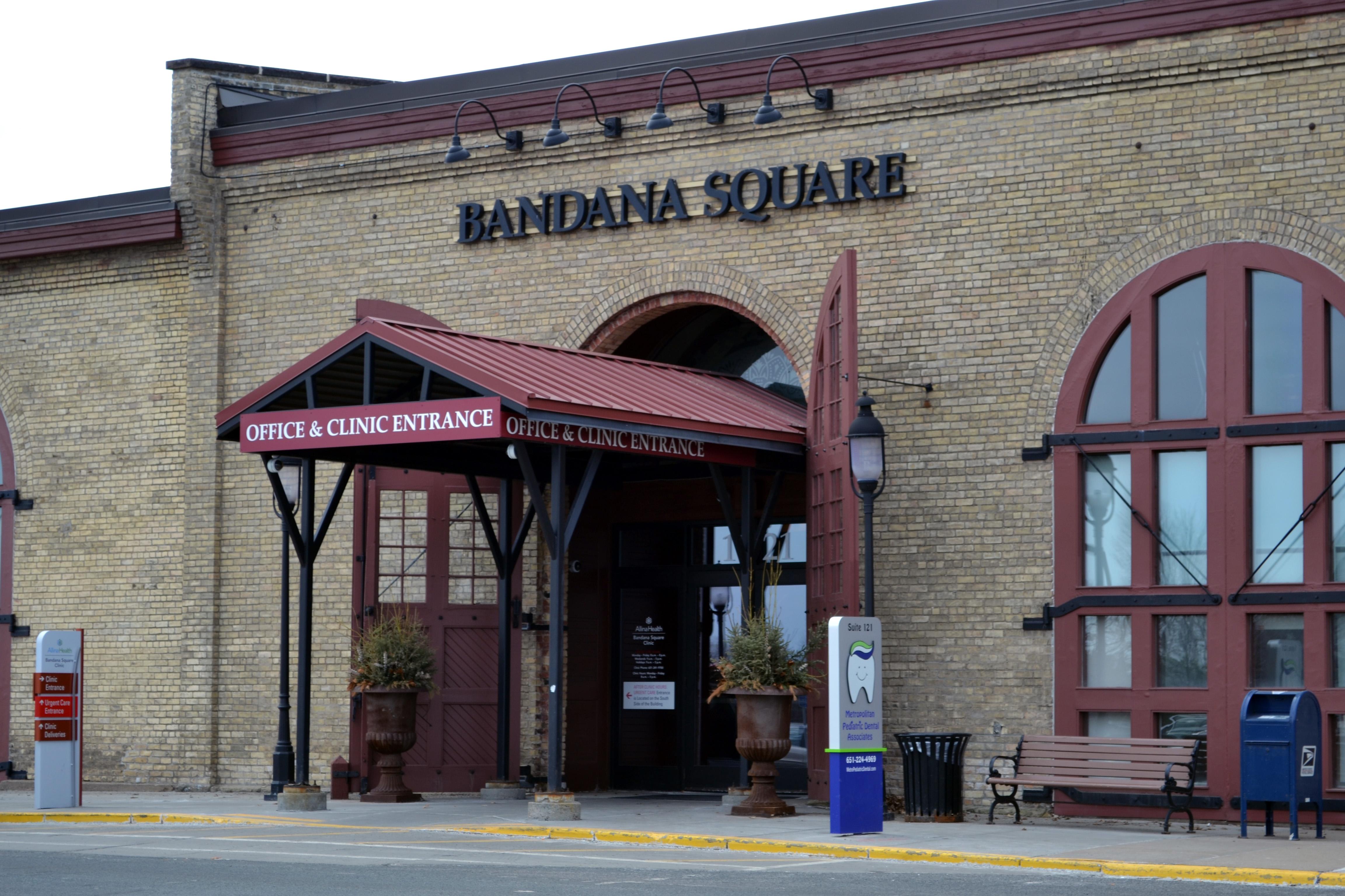 Bandana Square_tcm1113-383616